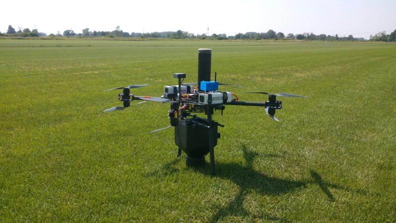 Drone per la lotta biologica alla piralide del mais